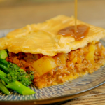 Ainsley Harriott mince beef with potato and onion pie recipe on Ainsley's Food We Love