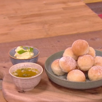 John Whaite dough balls with garlic butter recipe on Steph's Packed Lunch