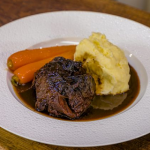 James Martin beef cheeks in brandy and red wine with mash potatoes and carrots recipe on James Martin's Saturday Morning