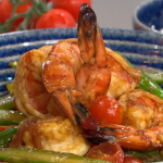 Gok Wan speedy king prawns stir fry with ginger, cherry tomatoes and spring onions recipe on This Morning